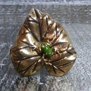 BETSEY JOHNSON Leaf Frog Ring
